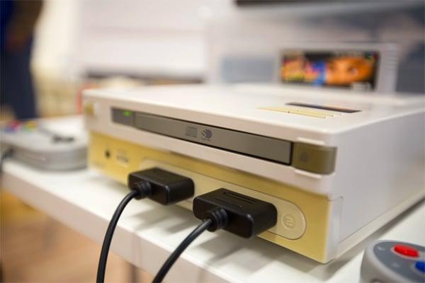 Small-nintendo-playstation