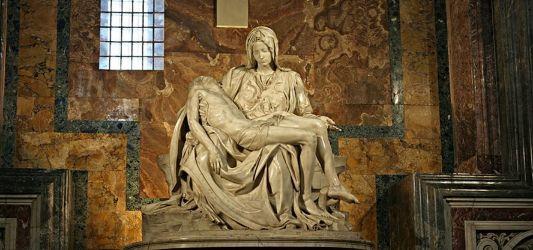 Pietà (1498-1500) - Michaelangelo