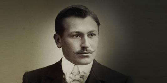 Hans Wilsdorf founded Rolex in 1905 with Alfred Davis
